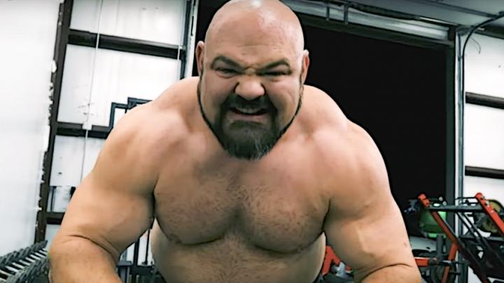 Браян Шоу виконав станову тягу з вагою 495 кілограмів