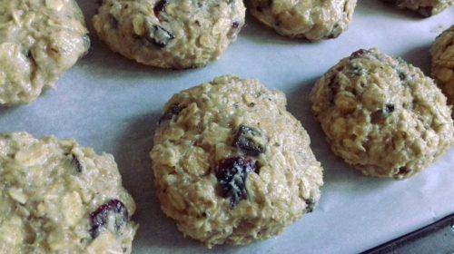 Овсяное печенье с клюквой: процесс приготовления