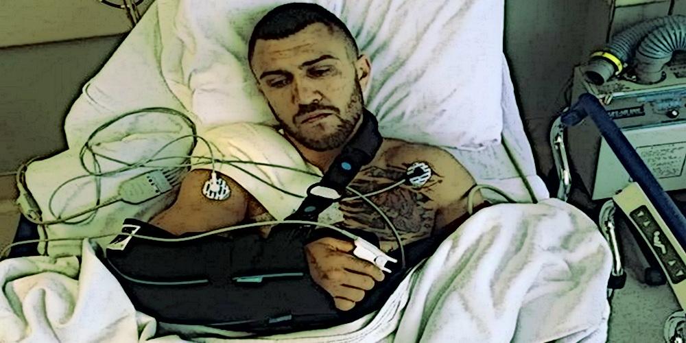 Василий Ломаченко получил травму и перенес операцию