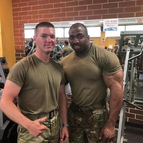 Седрік МакМіллан в армії