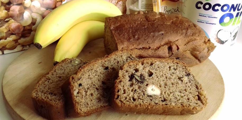 Банановый хлеб с орехами