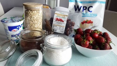 Полуничний чізкейк з протеїном: необхідні інгредієнти