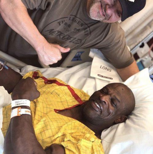 Ронні Коулмен і Big J в лікарні