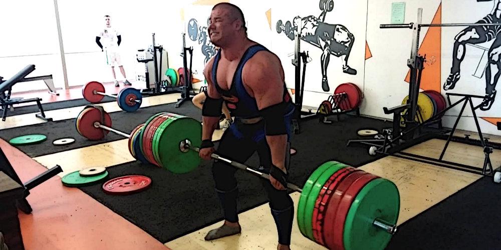 Рауно Хейнла установил неофициальный мировой рекорд в становой тяге: 400 килограмм на 6 повторений