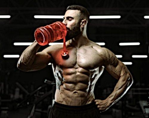 Тренируясь в жару, пейте больше жидкости