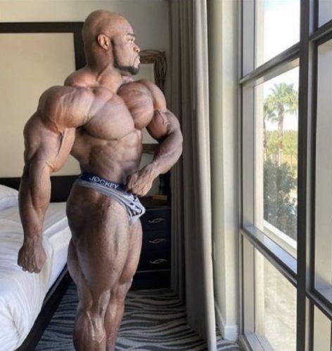 Физическая форма Брэндона Карри за три дня до Мистер Олимпия 2020